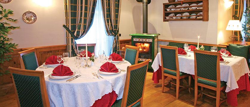 Italy_champoluc_hotel_relais-des-glacier_resturant.jpg